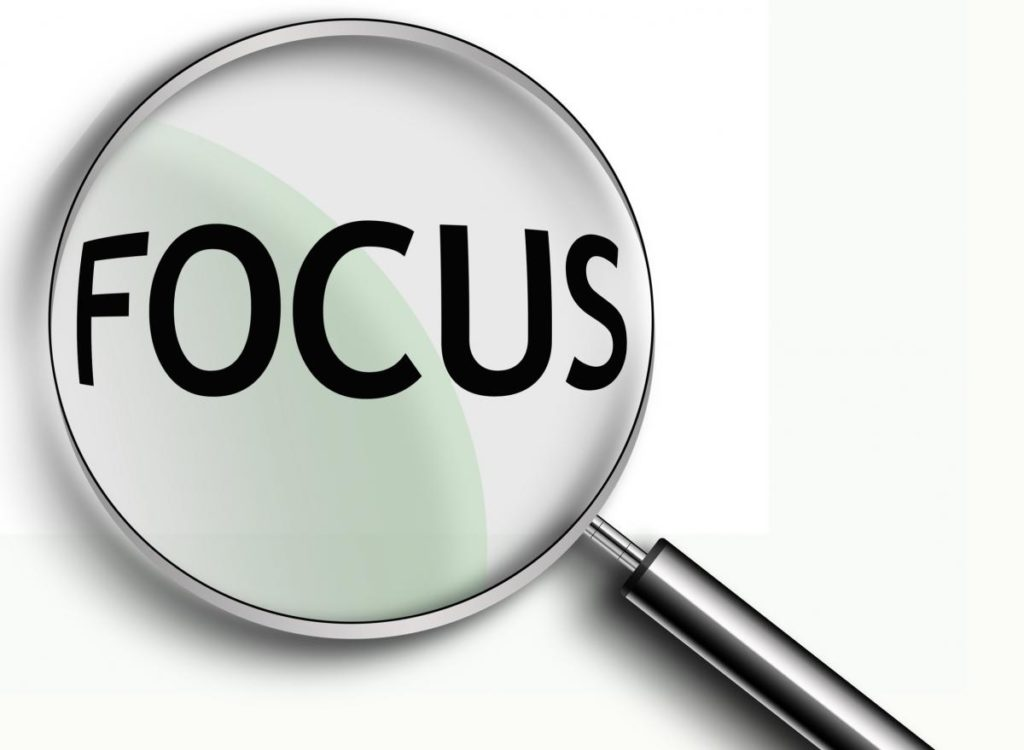 focus-with-magnifier
